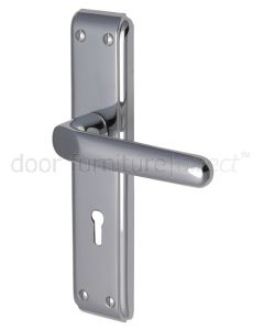 Deco Straight Lever Polished Chrome Keyhole Door Handles
