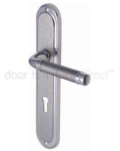 Saturn Long Straight Lever Dual Finish Chrome Keyhole Door Handles