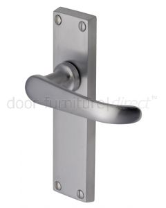 Windsor Straight Lever Satin Chrome Latch Door Handles