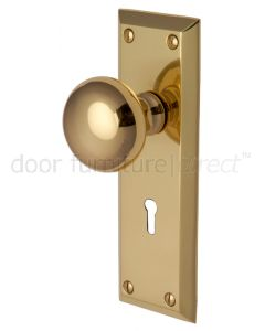 Victoria Polished Brass Keyhole Door Knob Set