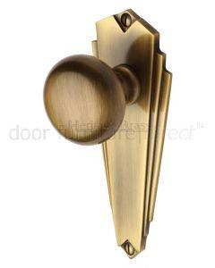 Heritage BR1810 Antique Brass Broadway Knob on Latch Plate
