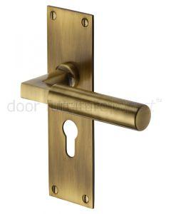 Heritage BAU7348 Antique Brass Bauhaus Euro Handles