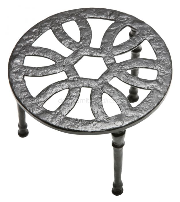 Antique Kettle Stand 108mm 1162