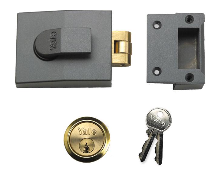 Yale Roller Bolt Lock 81